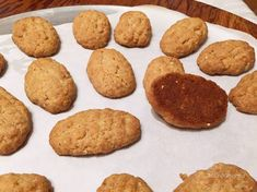 Melomakarona (Μελομακάρονα) – Taking the guesswork out of Greek cooking…one cup at a time Melomakarona Recipe, Greek Cookies, Freshly Squeezed Orange Juice, Shaped Cookie, Something Sweet, How To Make Bread, Greek Recipes, Cookie Dough, Cookies Et Biscuits