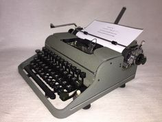 Schreibmaschine Olympia SM 1 um 1950 portable mechanical typewriter