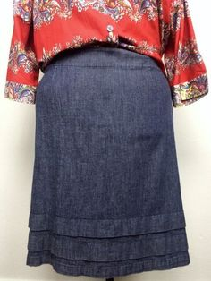 Nic + Zoe 20W Blue Stretch Denim Skirt With Ruffle Hem Detail PLus Size 1X 2X #NicZoe #RuffleHem