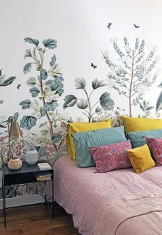 We wish you a wonderful friday and a lovely week-end with the interior garden of our BOTANICAL GARDEN bespoke wallpaper mural. Interior Garden, Interior And Exterior, Interior Design, Kids Wall Murals, Living Spaces, Living Room, Home Wallpaper, Headboards For Beds, Country Decor