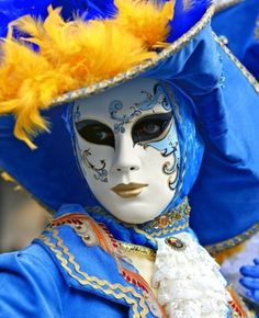 Go to the Carnival of Venice!  www.girlsfununderthetuscansun.com