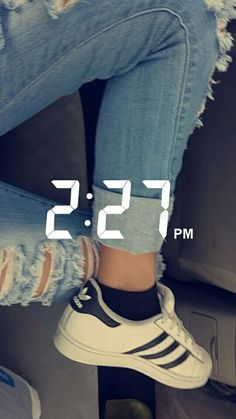 Poses, Insta Snap, Snapchat Stories, Dance Quotes, Amazing Pics, Aesthetic Girl, Fashion 2017, Ulzzang, Sneakers Fashion