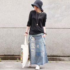 Material:cotton Shape: denim skirt Waist: natural waist Style:elegant Pattern: stripe Season:spring,autumn Color:as the photo  One Size Length: 86.00 cm/ 33.