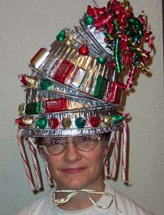 The Dragon's Chest: Wacky Christmas hat