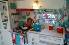 Vintage Camper Interior I WANT this.  My favorite colors!