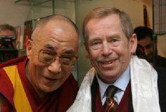 Václav Havel has passed away. Passed Away, Revolution, Velvet, Celebs, Icons, People, Art, Historia, Celebrities
