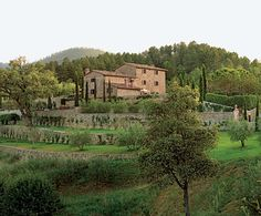 The architect, who specializes in restoring historic Italian farmhouses, transformed the villa while retaining its authenticity Italian Farmhouse, Rustic Italian, Italian Villa, Farmhouse Garden, Italian Wine, Italian Style, Tuscan Style Homes, Tuscan House, Villas