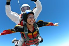 Skydiving expert Matt Fudge walks you through exactly what to expect when jumping out of a plane! Get ready to cross skydiving off your bucket list!