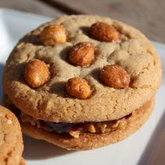 Honey-Roasted Peanut Butter and Jelly Sandwich Cookies!!!