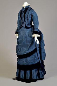 1873-1874 - Blue silk taffeta and velvet walking dress