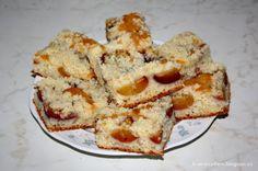 Recept na broskvový koláč s drobenkou (jogurtové těsto)
