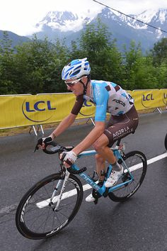 #TDF2016 #France's #RomainBardet #AG2R on his way to a gr8 win on the 146km #Stage19 to #MontBlanc!