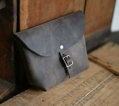 Larger Buckled Leather Utility Pouch van Forestbound op Etsy