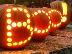 helloween dekoration aus kürbise