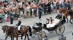 Princess Madeleine Chris O'Neill carriage ride through Stockholm wedding