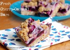 Fresh Cherry-Oatmeal Bars from It's Not Easy Eating Green