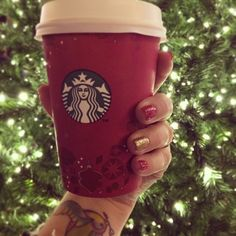 Chai tea latte during Christmas shopping