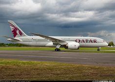 Qatar Airways N10187 Boeing 787-8 Dreamliner aircraft picture