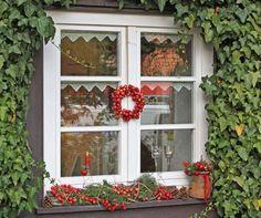 Herbstdeko auf der fensterbank bilder und fotos trauer - Schmale fensterbank dekorieren ...