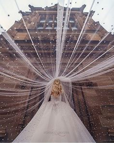 20 Creative Wedding Photography Ideas for Every Wedding Photoshoot Photography Winter, Wedding Photography Props, Wedding Photography Checklist, Photography Poses, Photography Magazine, Fashion Photography, Photography Studios, Photography Lighting, Photography Awards