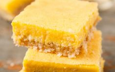 Recipe: here's how to make vegan lemon bars that are actually good for you Delicious Cake Recipes, Yummy Cakes, Vegan Lemon Bars, Creaming Method, Biscuits Graham, Baking Bowl, Lemon Squares, Recipe Cover, Egg Free Recipes