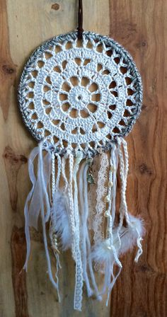 Doily Patterns, Crochet Patterns, Crochet Rings, Crochet Dreamcatcher, Dream Catcher Craft, Crochet Decoration, Woven Wall Hanging, Diy Arts And Crafts, Doilies