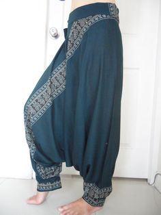Turquoise Printed Harem Pants Blue-Green door CurrencyCoolClothes