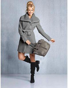 #Kurzmantel #Stiefel #Tasche