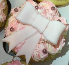 Pink princess cupcake with bow