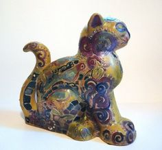 Shearwater (US) Cast Cat, Dod Stewart collection, shown at the Ohr-Keefe Museum of Art. A very different style of Shearwater cat!