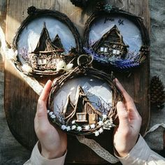 Craft ideas for the home decor dollar stores house 27 best ideas Stone Crafts, Rock Crafts, Diy Arts And Crafts, Clay Crafts, Fun Crafts, Simple Christmas, Christmas Crafts, Christmas Decorations, Christmas Ornaments