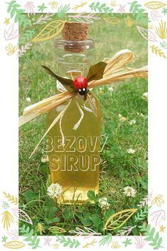 Domácí bezový sirup Herbs, Christmas Ornaments, Holiday Decor, Syrup, Christmas Jewelry, Herb, Christmas Decorations, Christmas Wedding Decorations