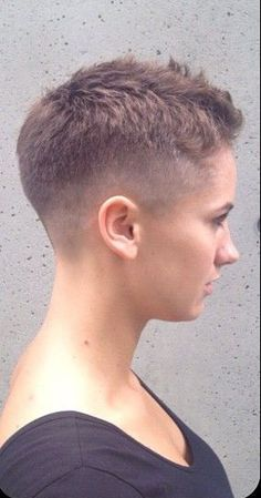 love the ultra short tapered style - but don't have the guts to get it cut on my hair