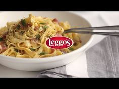 http://www.leggos.com.au A delicious Italian classic, this simple and easy recipe will have every mouth watering. Our tasty carbonara sauce is absolute perfe...