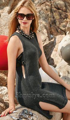 Платье с боковыми разрезами спицами