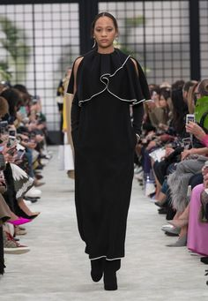 539d2412dc7 Collection Shanghai Prêt à Porter Femme Valentino - Valentino.com France