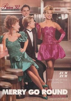 prom 93 - These Were The Biggest Prom Trends From The Year You Went To Prom - Photos Vintage Prom, Mode Vintage, Vintage Stuff, Vintage Outfits, Vintage Fashion, Sassy Magazine, Mtv, 90s Prom, 80s And 90s Fashion