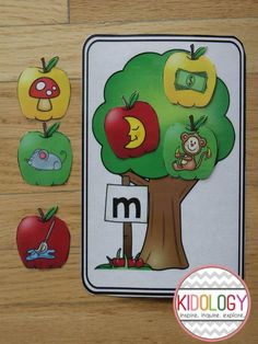 Beginning Sound Sorting Activity - Fall Theme! Great for a literacy center Kindergarten Centers, Kindergarten Activities, Literacy Centers, Classroom Activities, Apple Activities, Alphabet Activities, Spring Activities, Initial Sounds, Letter Sounds