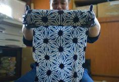 "Shibori: indigo dyeing by traditional techniques ""natural lye fermentation"" - a technique handed down from the Edo period / Colocal, Japan Shibori Fabric, Shibori Techniques, Indigo Dye, Tye Dye, Textiles, Edo Period, Pattern, Shade Garden, Handmade"