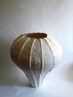 Young Mi Kim: Ceramic Vessel #1 • Ceramics Now - Contemporary ceramics magazine
