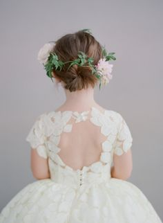 flower girl / hair