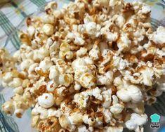 Receita de Pipoca doce fácil de fazer - Passo 4 Snack Recipes, Snacks, Chocolate, Popcorn, Popcorn Recipes, Sweet Recipes, Pictures, Beverage, Snack Mix Recipes