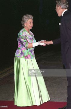 Queen Arrives At The Royal Opera House Covent Garden Just 300 Metres From Where The Last Ira Bomb Blew Up A London Bus. She Attended A Performance Of The Ballet 'sleeping Beauty'