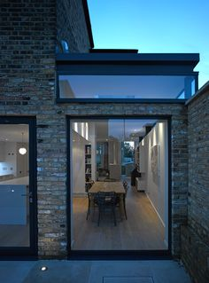 on new private house salcott road, london estensio Extension Veranda, Glass Extension, Rear Extension, Extension Ideas, London House, Roof Light, House Extensions, Windows And Doors, High Windows