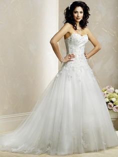 A-Line Sweetheart Neckline Strapless with Lace Appliques and Beading Work Lace up Tulle Wedding Dress MWG05007