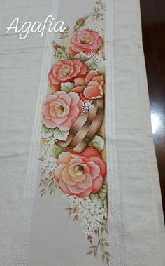 Li Lo, Fabric Painting, Floral Tie, Stitch, Creative, Flowers, Bath Towels & Washcloths, Hand Towels, Embroidered Towels