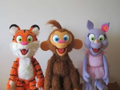 Hand Puppets, Finger Puppets, Types Of Puppets, Monkey Puppet, Custom Puppets, Puppet Making, Cool Costumes, Character Concept, Plushies