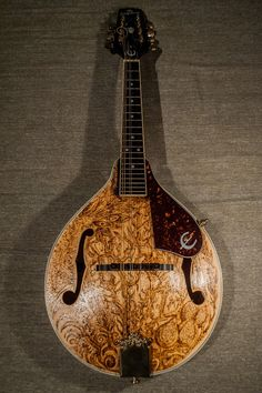 Pyrographed mandolin made by PsujekArts https://www.facebook.com/PsujekArts