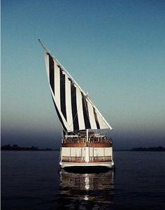 Stripes/sails