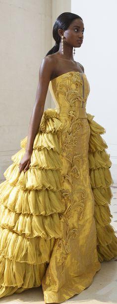 Guo Pei Fall 2017 Haute Couture